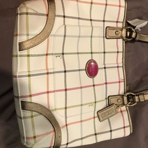 Coach Bags - Brand new leather Tatrsal Coach purse